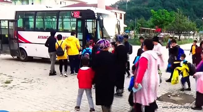 Ayancık Belediyesinden okul öğrencilerine ücretsiz servis