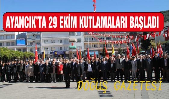 İlçemizde 29 Ekim Kutlamaları Çelenk Sunma ile Başladı