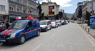 Ayancık'ta 23 Nisan konvoyu